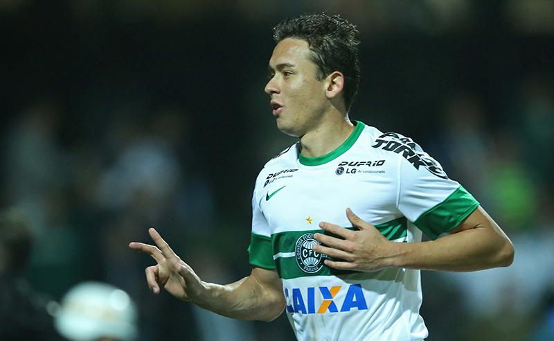 Coritiba v Vitoria – Brasileirao Series A 2014
