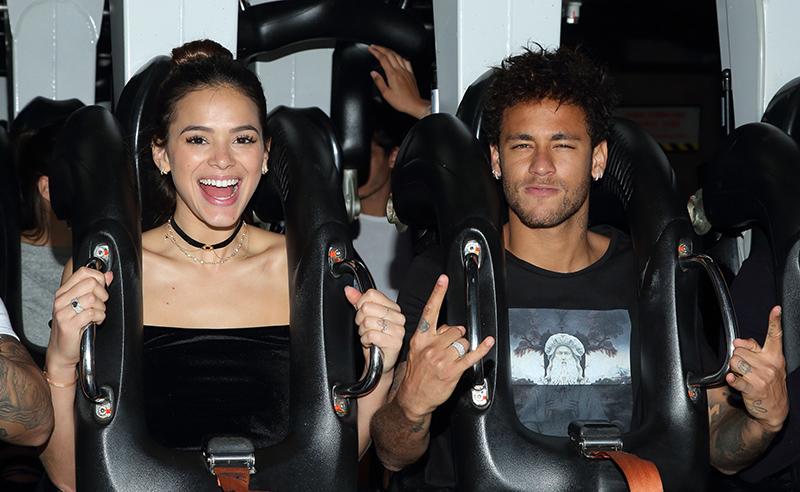 Neymar Jr. Visits Six Flags Magic Mountain in Valencia, CA