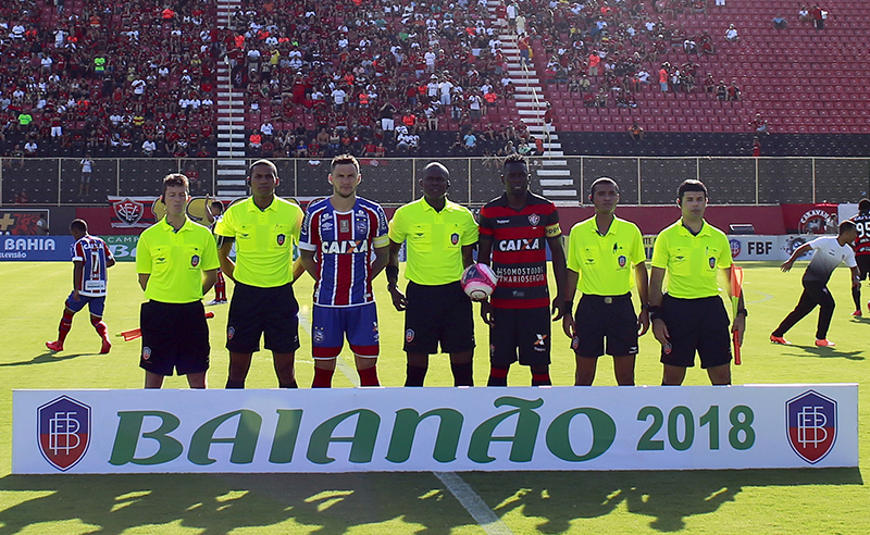 Ba-Vi Bahia x Vitória briga