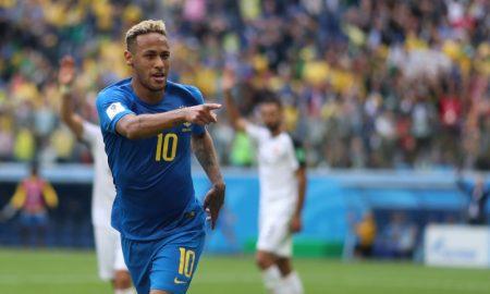 Brasil vence Costa Rica