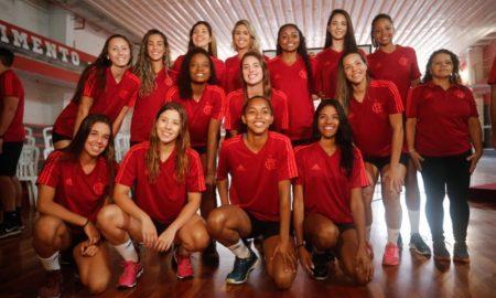 Retorno do Flamengo ao vôlei feminino e história do time.