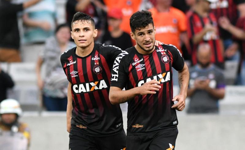 Jogadores do Atlético-PR