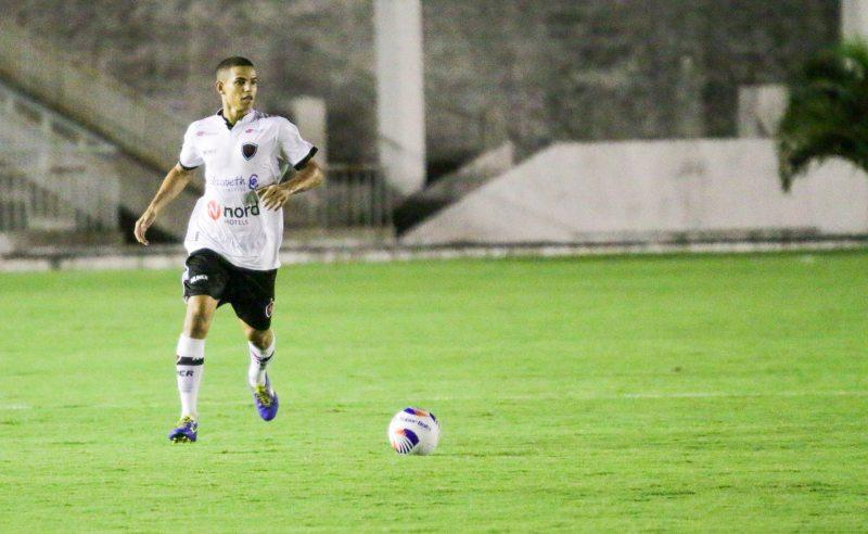 Jogador do Botafogo-PB