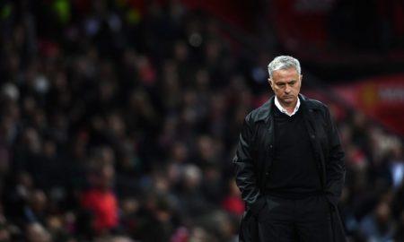 José Mourinho está sob risco de demissão do Manchester United