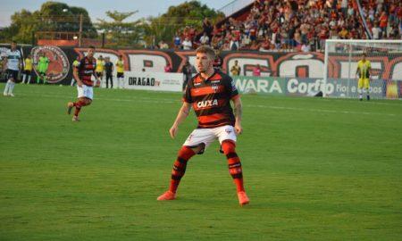 Jogador do Atlético-GO