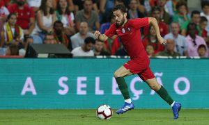 Bernardo Silva, jogador da Seleção de Portugal e do Manchester City, defendendo as cores de seu país contra a Croácia