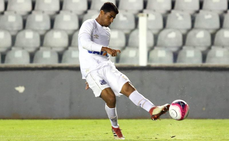 Emerson do time Sub-23 do Santos