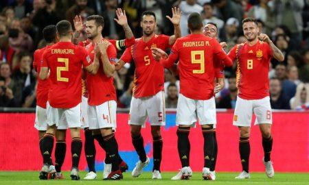 Seleção Espanhola no jogo contra a Inglaterra