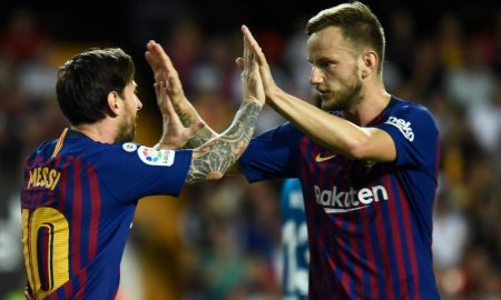 Messi e Ivan Rakitic do Barcelona