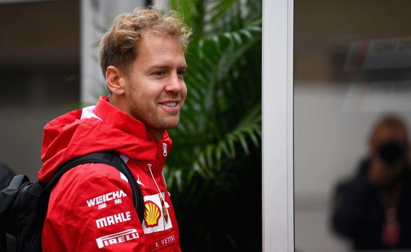 Sebastian Vettel da Ferrari