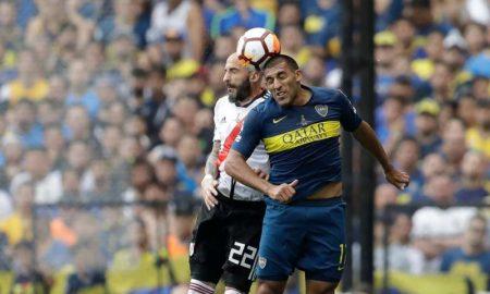 Jogadores do Boca Juniors e River Plate