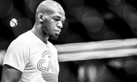 Jon Jones se prepara antes do UFC 214