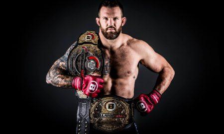Ryan Bader é campeão dos meio-pesados e dos pesados no Bellator