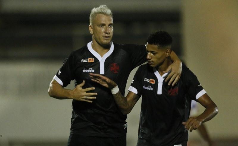 Maxi López e Marrony do Vasco