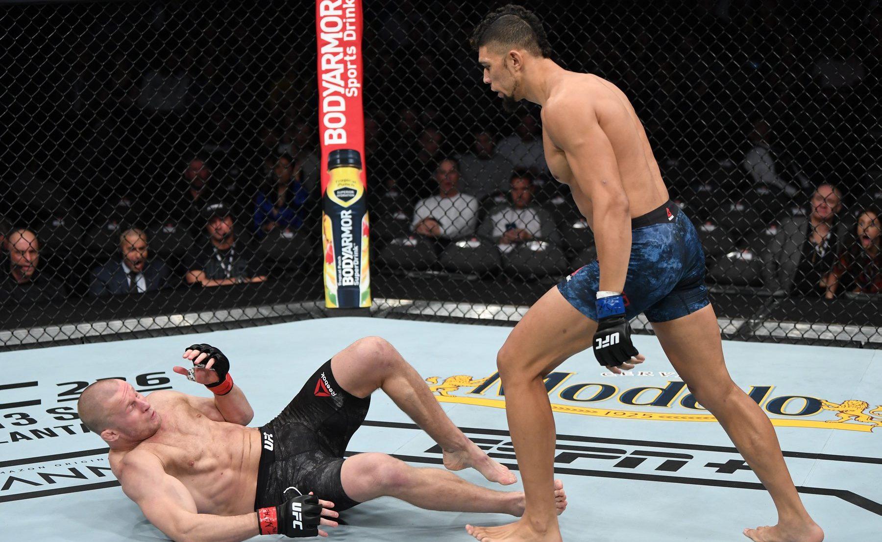 Johnny Walker nocauteou Misha Cirkunov no UFC 235