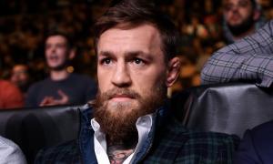 Conor McGregor é ex-campeão dos leves do UFC
