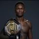 Israel Adesanya é o campeão dos médios do UFC