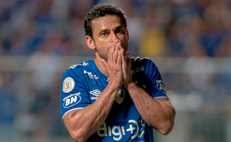 Em má-fase, Fred não consegue ser o artilheiro que o Cruzeiro precisa