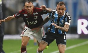 Rafinha do Flamengo e Everton do Grêmio
