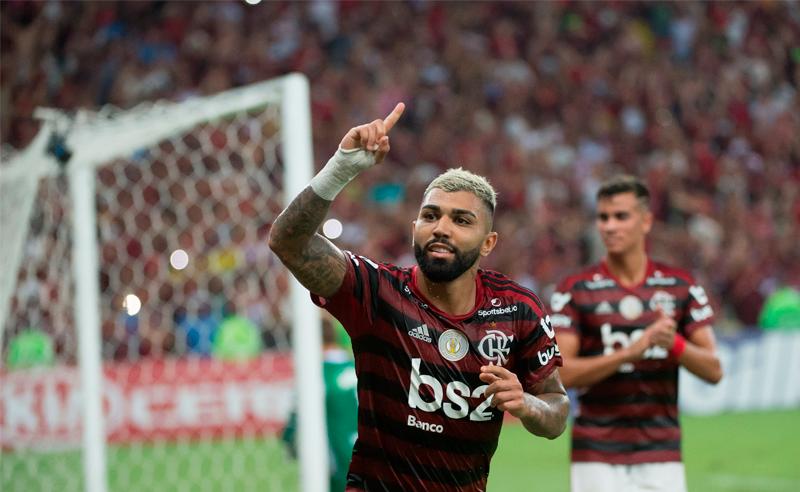 Torcida do Flamengo se prepara para a festa do título