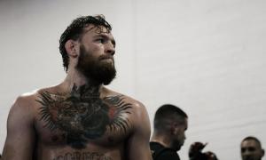 Conor McGregor é ex-campeão do UFC
