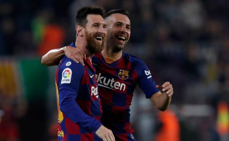 Lionel Messi e Jordi Alba do Barcelona