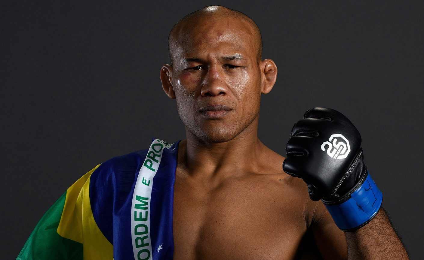 Ronaldo Jacaré é lutador peso médio do UFC