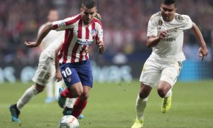 Casemiro do Real Madrid e Correa do Atletico de Madri