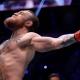 Conor McGregor é ex-campeão dos penas e dos leves do UFC