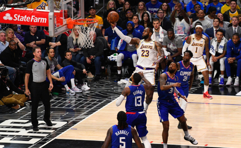LeBron James Los Angeles Lakers vs Clippers