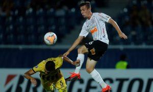 Lucas Piton do Corinthians