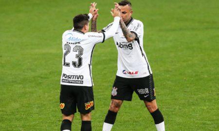Fagner e Luan do Corinthians