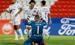 Gustavo Gomez e Weverton do Palmeiras