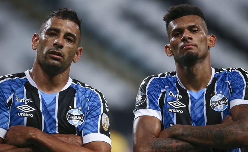 Rodrigues e Diego de Souza do Grêmio