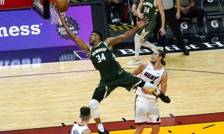 Giannis Antetokounmpo do Milwaukee Bucks