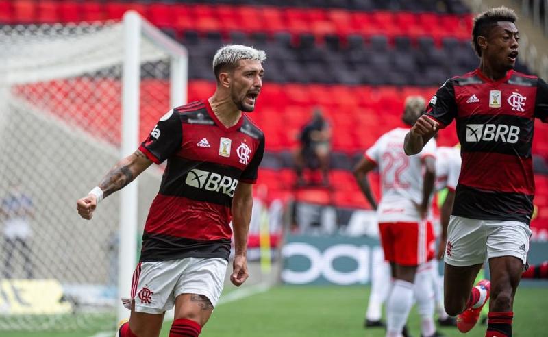 Arrascaeta e Bruno Henrique do Flamengo