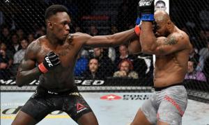 Israel Adesanya é campeão dos médios do UFC