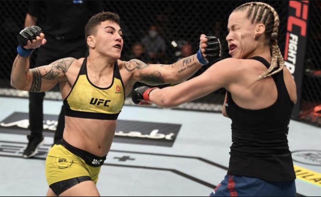 Jéssica Andrade é lutadora peso-mosca do UFC