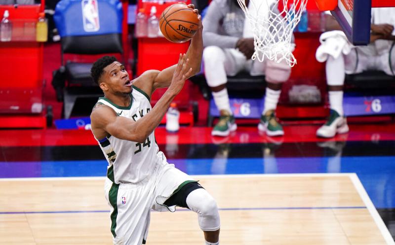 Giannis Antetokounmpo Milwaukee Bucks 22 mar