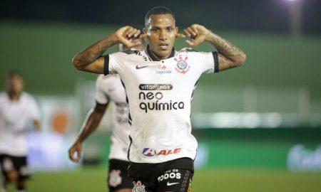 Romulo Otero do Corinthians