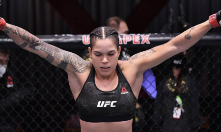Amanda Nunes é campeã dupla do UFC, o Ultimate Fighting Championship