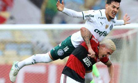 Lance de Flamengo x Palmeiras na abertura do Brasileirão 2021