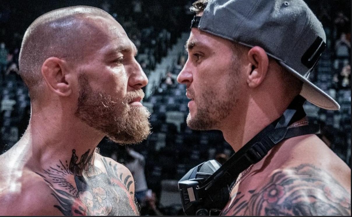 Dustin Poirier e Conor McGregor se encaram antes de revanche no UFC 257