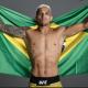 Charles Oliveira é lutador peso leve do UFC