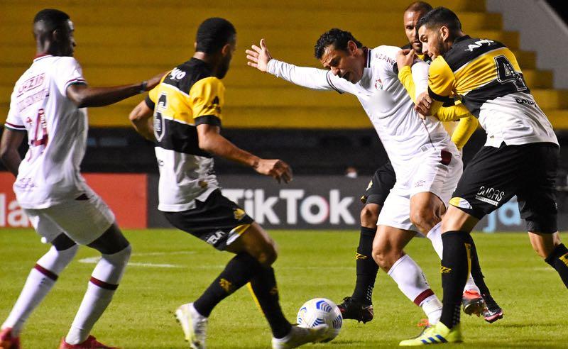 Fred, do Fluminense, no jogo de ida contra o Criciúma pelas oitavas de final da Copa do Brasil 2021