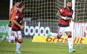 Gabigol, do Flamengo, comemora gol sobre o Bahia no Brasileirão 2021