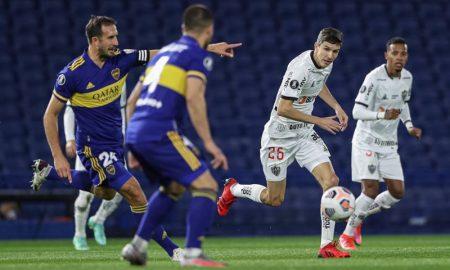 Lance de Boca Juniors x Atlético-MG, jogo de ida das oitavas da Libertadores 2021