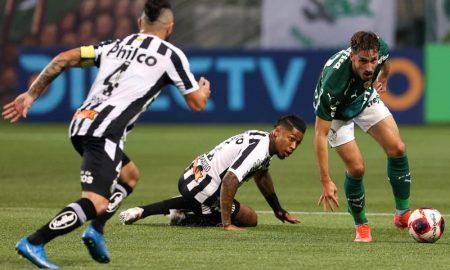 Palmeiras x Santos no Paulistão 2021; as equipes voltam a se enfrentar neste fim de semana, agora pelo Brasileirão 2021