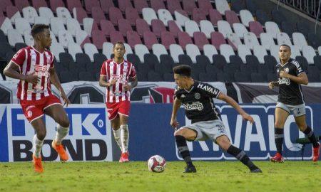 O Vasco empatou com o Náutico no duelo entre duas das principais equipes da Série B 2021