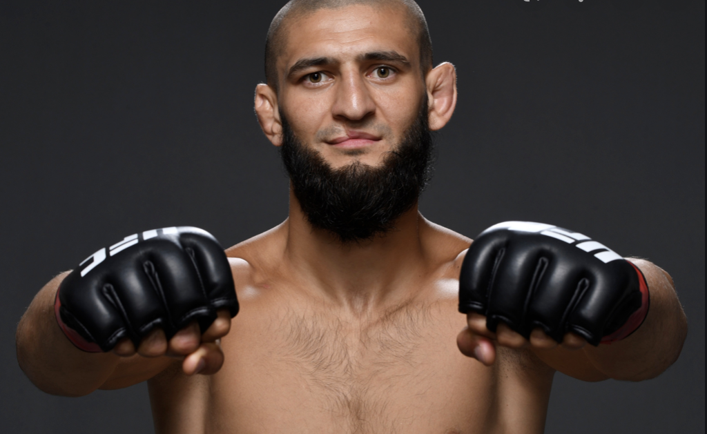 Khamzat Chimaev é atleta meio-médio do UFC